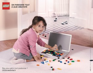 lego-france-publicité-print-affiche-marketing-enfants-creatifs-on-pardonne-tout-a-leur-creativite-agence-grey